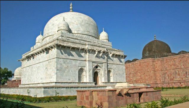 shah tomb